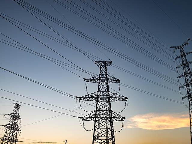 Sprzedaż prądu z fotowoltaiki – podstawowe informacje